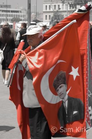 Flag Man, Istanbul